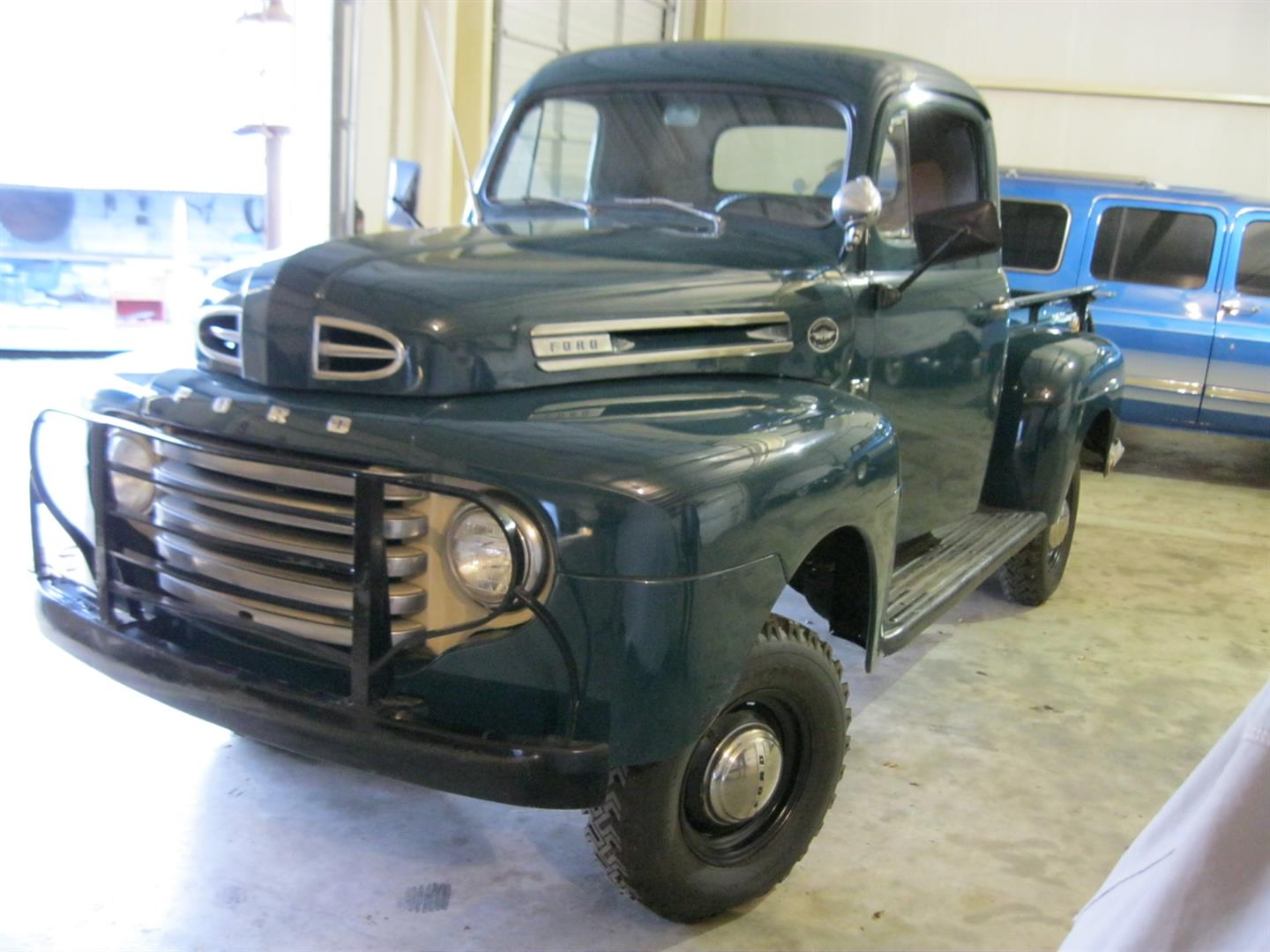 1948 Ford F-1 Marmon-Herrington – TEXAS TRUCKS & CLASSICS