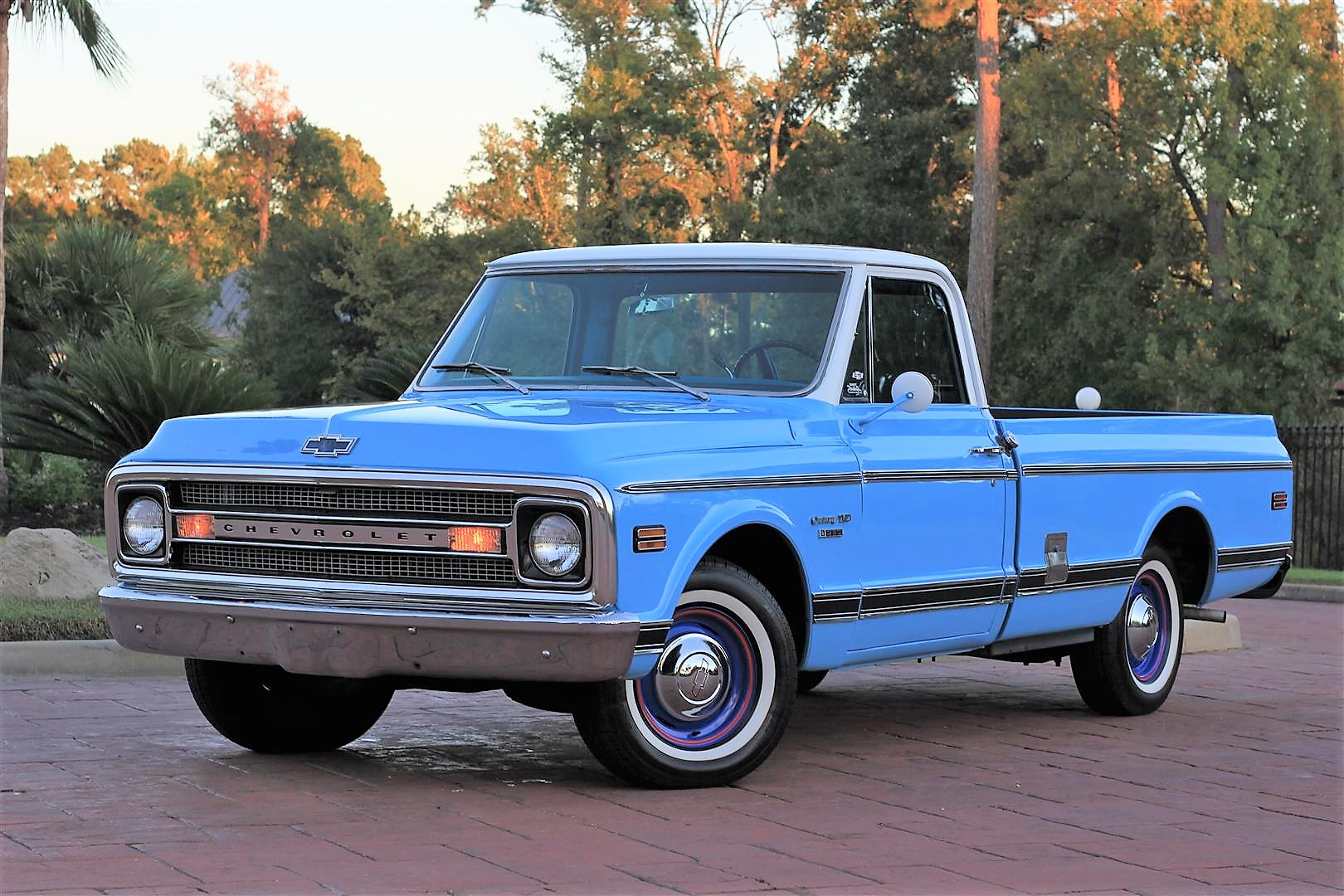 1969 Chevy C10 LWB – TEXAS TRUCKS & CLASSICS