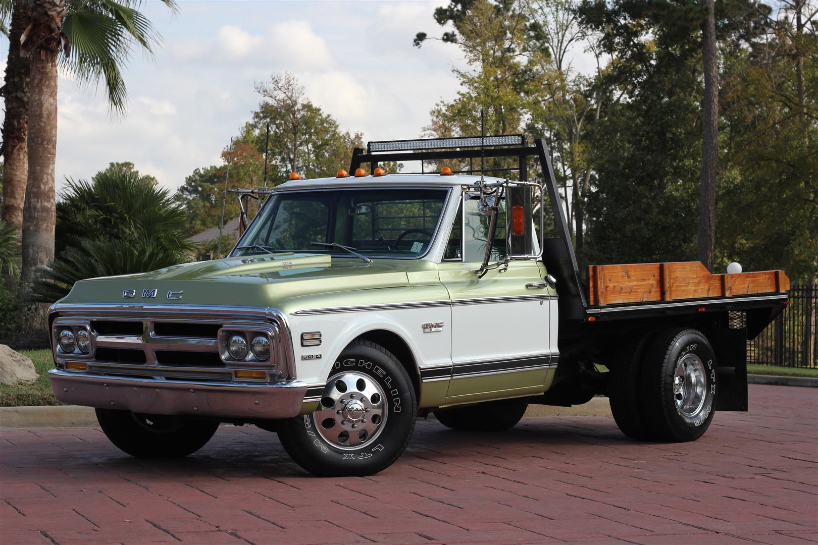 1971 GMC C3500 Dually – TEXAS TRUCKS & CLASSICS